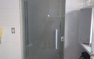 Portas de Vidro em São Vicente